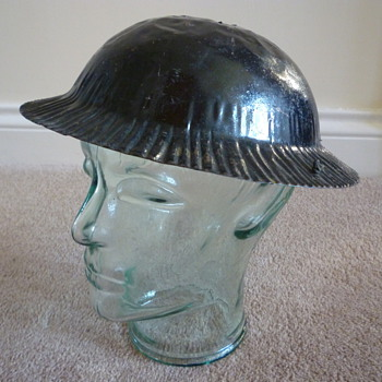 Childs British steel helmet - Military and Wartime