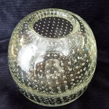 Durand Bubble Glass Rose Bowl. - Art Glass