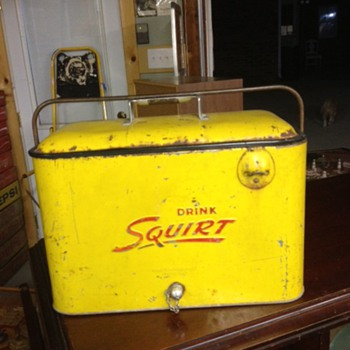 Squirt Progress A4 Cooler REALLY RARE - Advertising