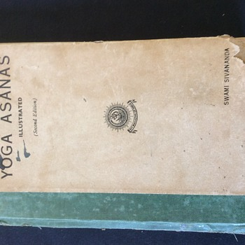RARE BOOK. YOGA ASANAS. BY SWAMI SIVANANDA  SECOND EDITION 1935