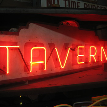 Vintage 1940's TAVERN Antique Neon Sign