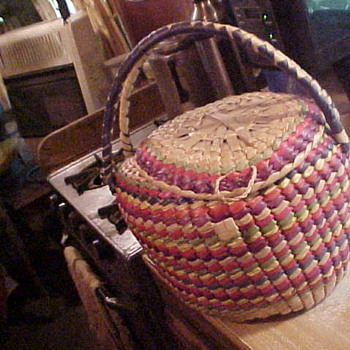 Native American Indian Basket? Mexican ? No Clue..
