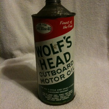 Wolfs Head Oil can - Petroliana