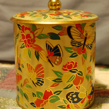 Butterfly Tin - Kitchen