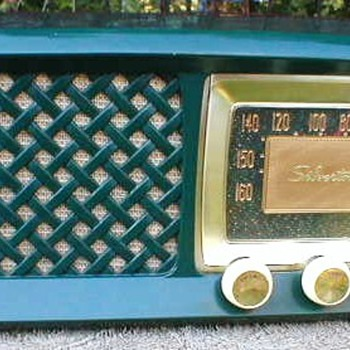 1956 Silvertone Model 2014 Radio - Radios