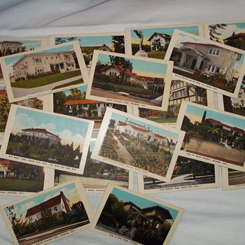 "Souvenir ""Homes of Movie Stars"" cards from the 1920's"