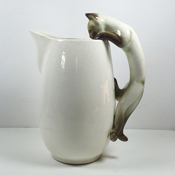 Camark Pottery Climing Siamese Cat Pitcher