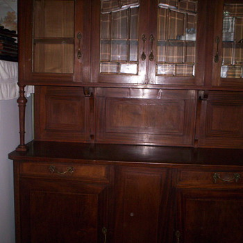 1910 china cabinet - Furniture