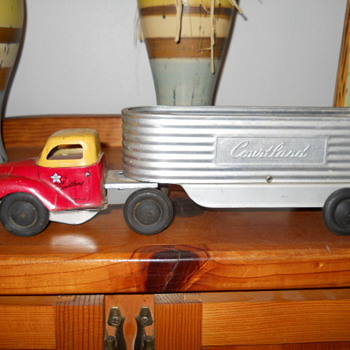 Early 50&#039;s Walter Reach Courtland Truck - Model Cars