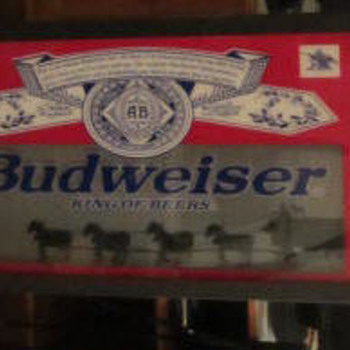 Budweiser bar / pub light revolving clydedale and carriage wheels. - Breweriana