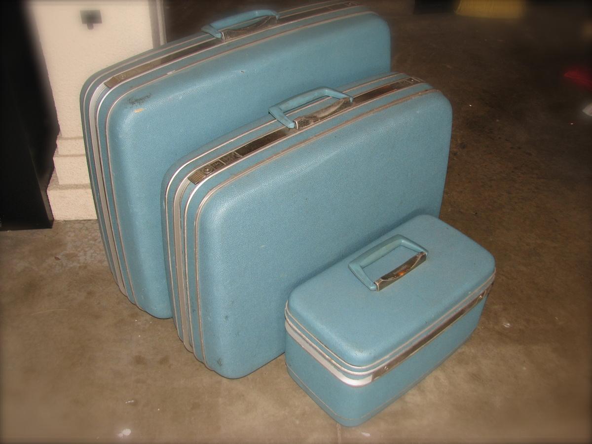 My Samsonite Silhouette 3 Pc Set in Sky Blue-Vintage Awesomeness ...