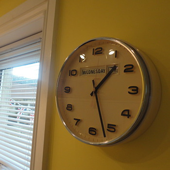 Metamec Date/Time Wall Clock - Clocks