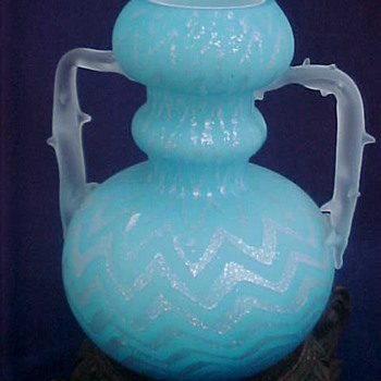 Victorian Blue HERRINGBONE Spangle Art Glass Vase - Art Glass