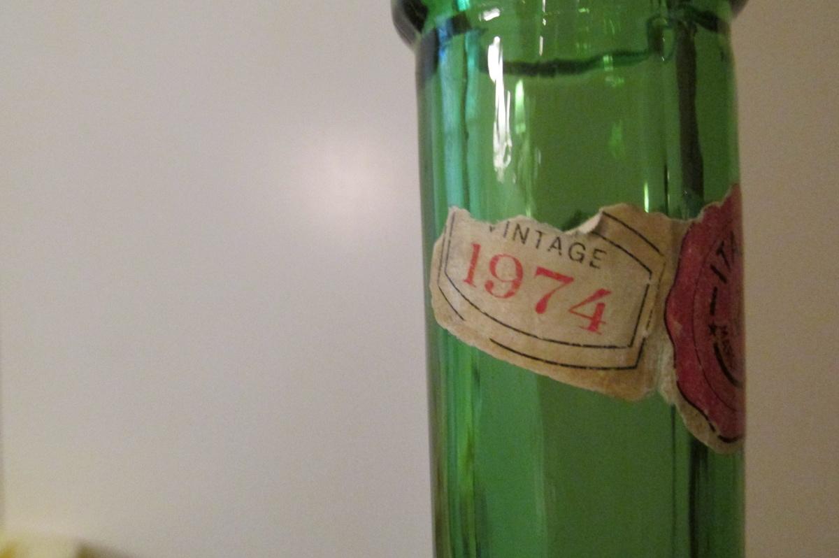 Green wine bottle collectors weekly for Green wine bottles