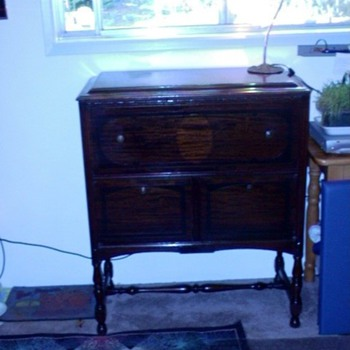 my great Uncle Leo's desk from Nebraska - Furniture