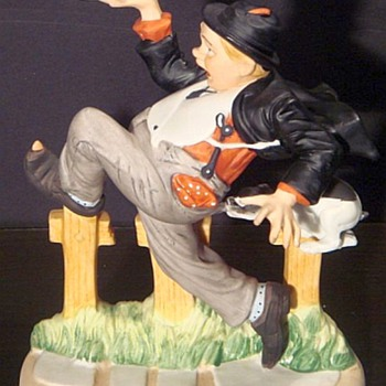 "Norman Rockwell Porcelain Figurine ""Caught In The Act"" - Figurines"