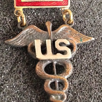 WW II Sweetheart Pin With Medical Insignia