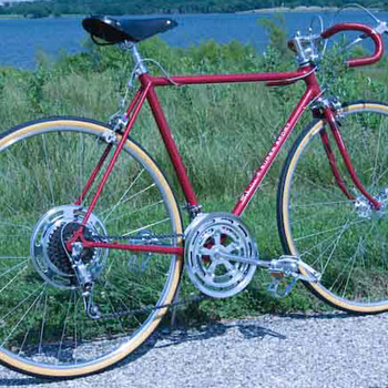 1971 Schwinn Super Sport - Sporting Goods
