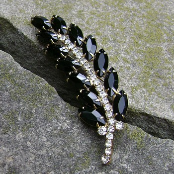 Juliana Brooch  - Costume Jewelry