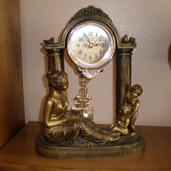 Unknown Mantel Clock - Clocks