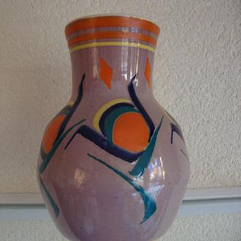 leen muller vase 20s - Art Pottery