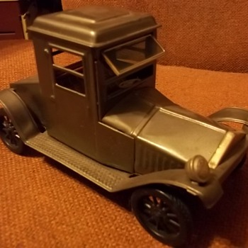 PRESS TIN CAR - Toys