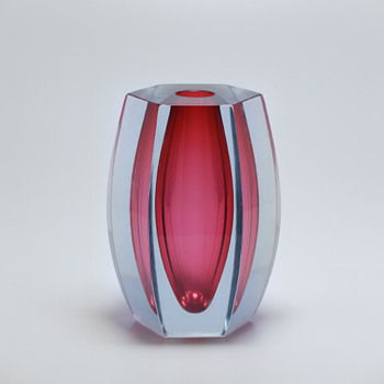 "Unusual Strömbergshyttan cutted ""sommerso"" vase. - Art Glass"