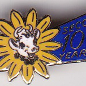 1957 Elsie the Cow Borden's Company second 100 year lapel pin  - Advertising