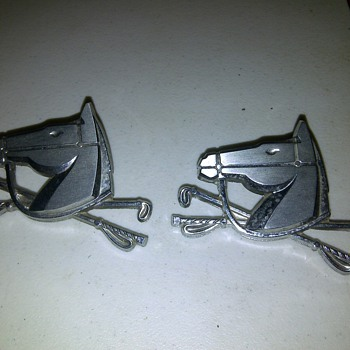 Ford Mustang Emblems?