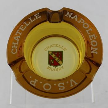 The French beveridge ashtrays - Tobacciana