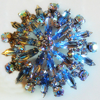 Sherman Brooch - Costume Jewelry