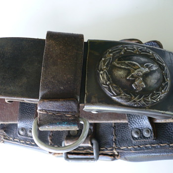 WWII GERMAN LUFTWAFFE BELT AND BELT BUCKLE - Military and Wartime