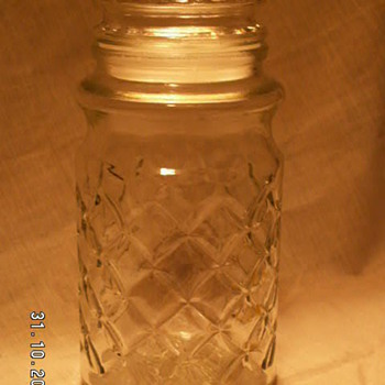 "Vintage Planters Mr. Peanut Glass ""Pineapple Pattern"" Embossed Jar & Lid -1984 - Advertising"