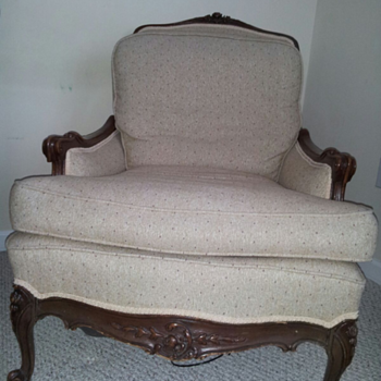 Antique chair from the 30's/early 40's.  Anyone know what style this is? - Furniture