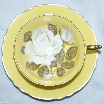 Paragon Footed Tea Cup