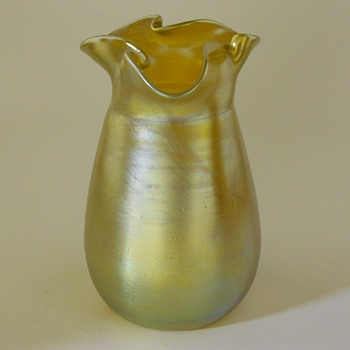 "LOETZ  ""Silberiris"" Gold and Silver Iridescent Vase, Art Nouveau, Circa 1900"