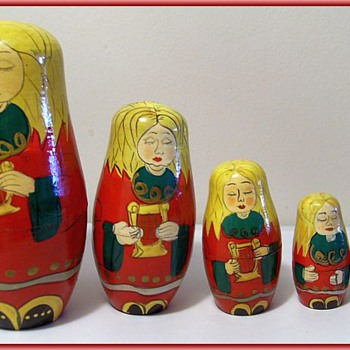 Wooden Russian Nestling Dolls  - Christmas