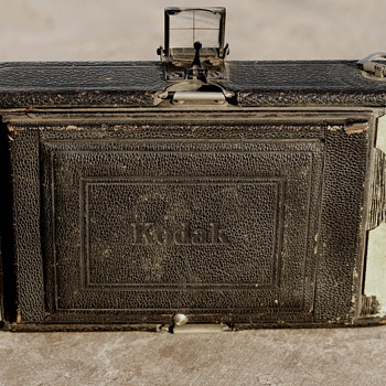Old Kodak.  What is it? - Cameras