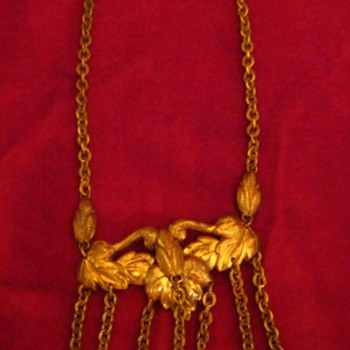 Old Costume Jewelry Necklace - Costume Jewelry