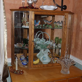 OAK TABLE TOP CURIO
