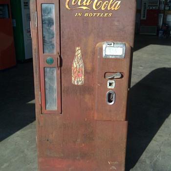 Coca Cola Vendo 81-C