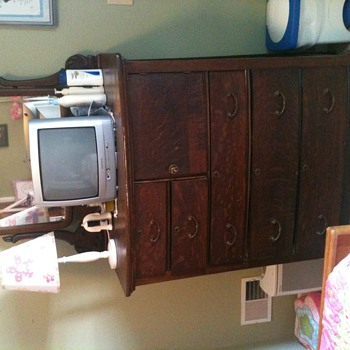 Montgomery ward chest of drawers