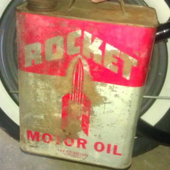 my rocket oil can .  - Petroliana