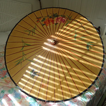 THIS IS A UNBRELLA FROM SINGAPORE CHINA. - Accessories