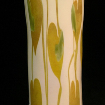Fostoria IRIS vase. - Art Glass