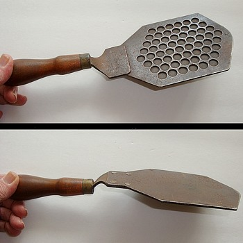 Unusual Spatula Tool