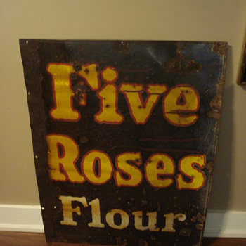 VINTAGE FIVE ROSES FLOUR PORCELAIN ADVERTISING SIGN OLD & RARE!!