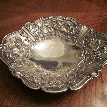 Rare Large Lisham Art Sterling Bowl - Sterling Silver