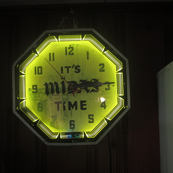 It's Midas Time Neon clock