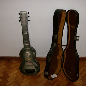Rickenbacher Electro Los Angeles ( 1940 model NS ) - Guitars